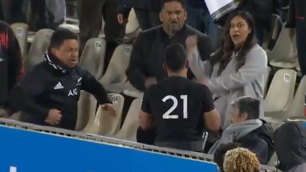 insolite buzz rugby Tahuriorangi fêté par sa famille all blacks rugby international xv de départ 15