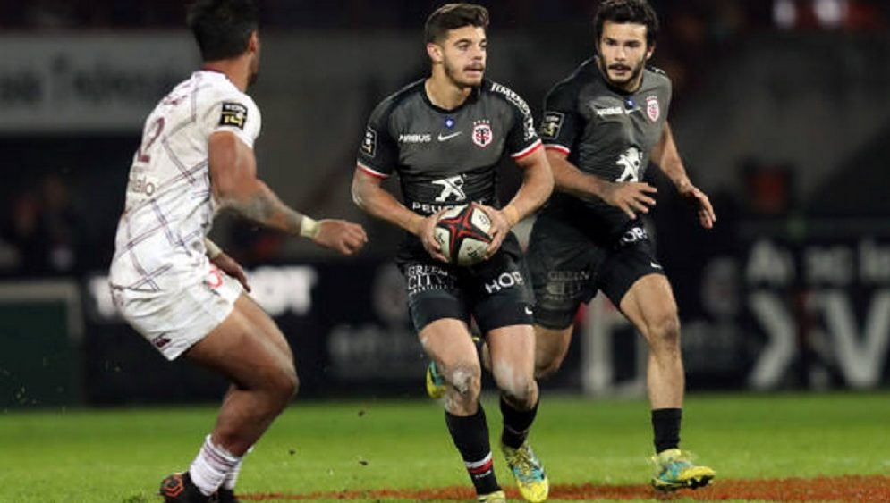 top 14 toulouse ntamack prolonge rugby france xv de départ