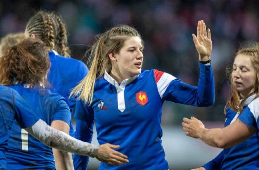 bleues gaëlle hermet passe au centre de la 3ème ligne rugby 6 nations féminin xv de départ 15