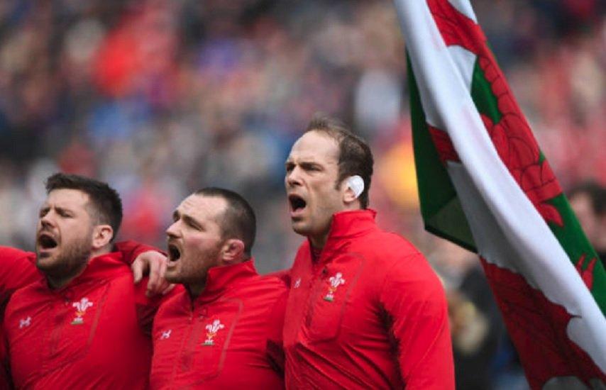 pays de galles alun wyn jones prolonge rugby international xv de départ 15