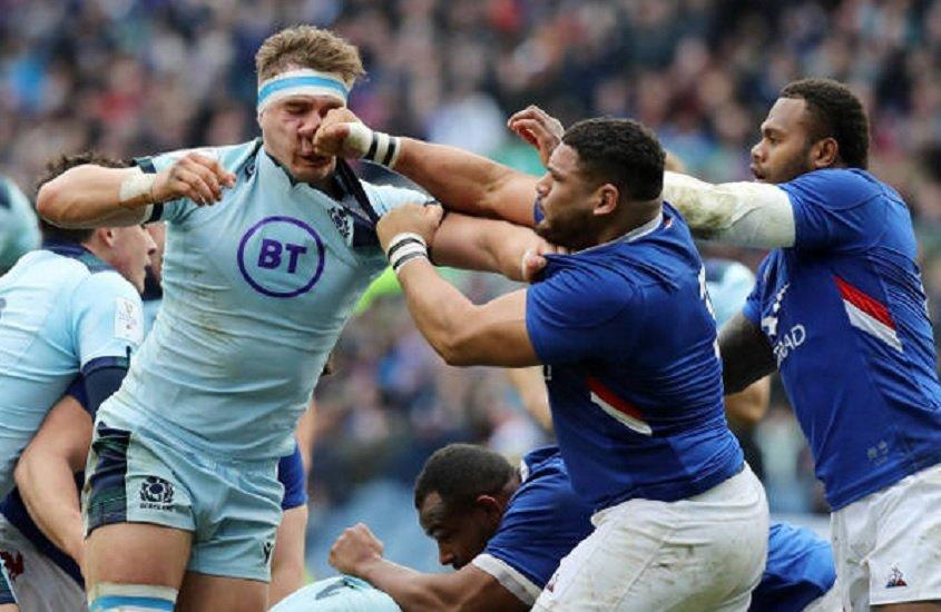 vidéo haouas dégoupille et assène un coup de poing à ritchie rugby france xv de départ 15