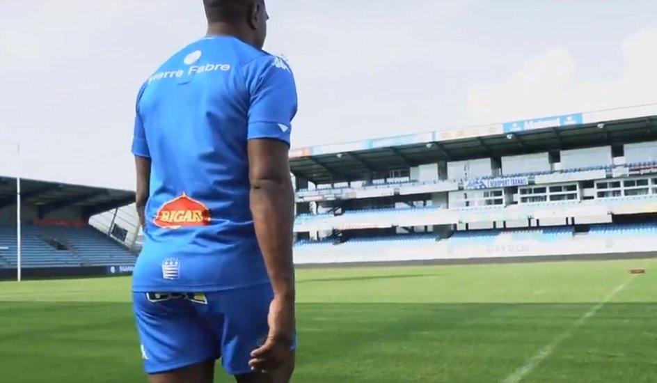 castres présente ses nouveaux maillots rugby france xv de départ 15